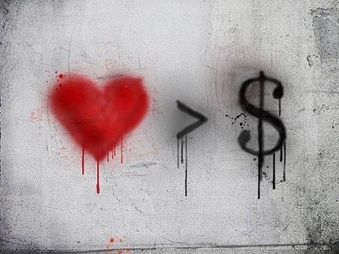 پول < عشق
